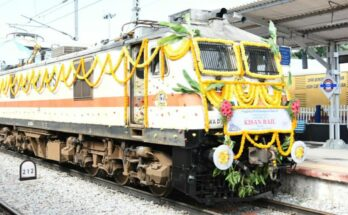 Agriculture minister flags off Anantapur-New Delhi Kisan Rail, to strengthen farm economy
