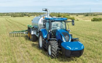New Holland Agriculture T6 Methane Power Tractor wins 'Sustainable Tractor of the Year' at EIMA